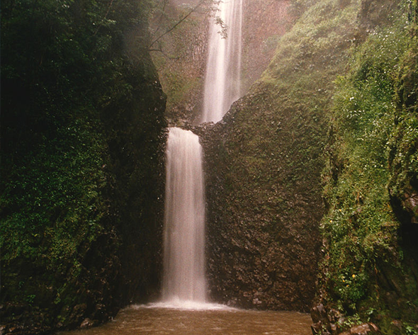 A natureza foi bem generosa com Brotas-SP. Aproveite! Foto via Wikimedia Commons.